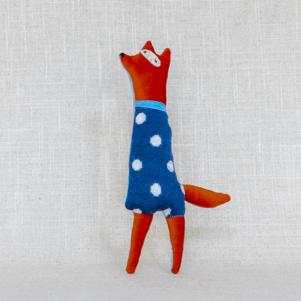 gaganis Fox with dots